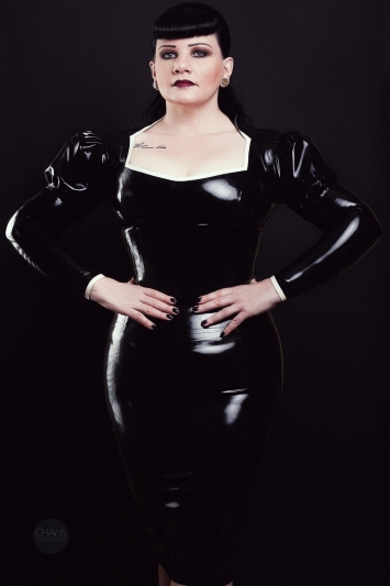 Latex Oberteil Strict Madame