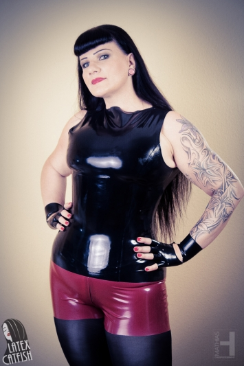 Latex Shorts Lady Power