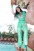 Latex Schnallen Catsuit Action Girl
