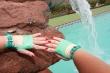 Kurze Schnallen Handstulpen Action Girl